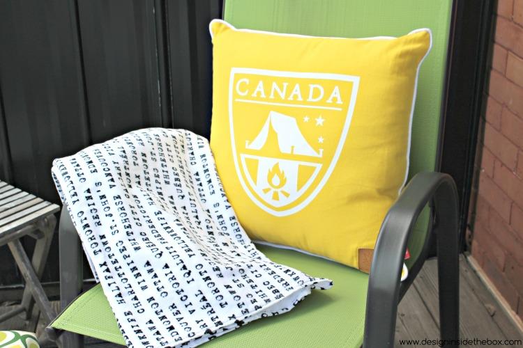 Happy 150th Canada Day Decor! www.designinsidethebox.com